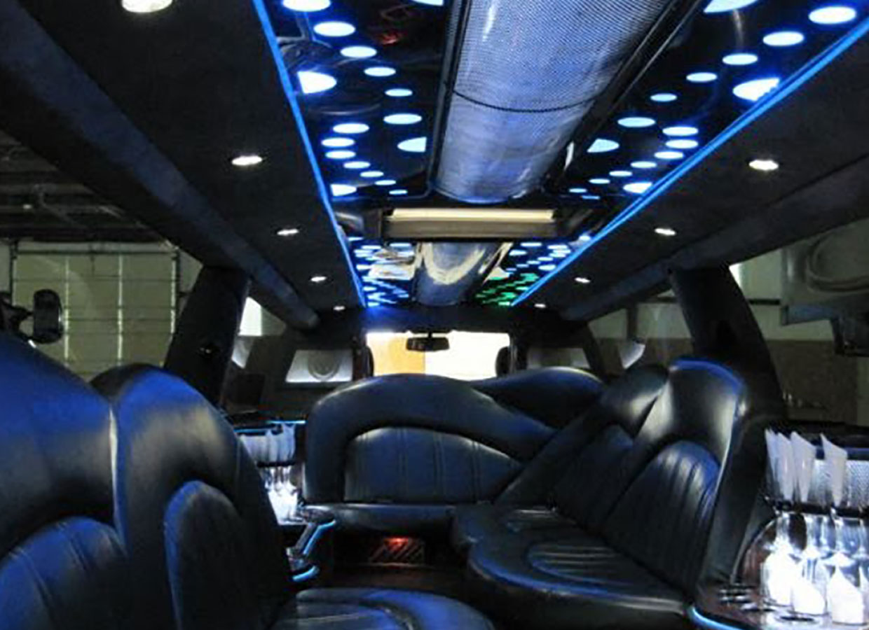 Stretch Escalade Interior
